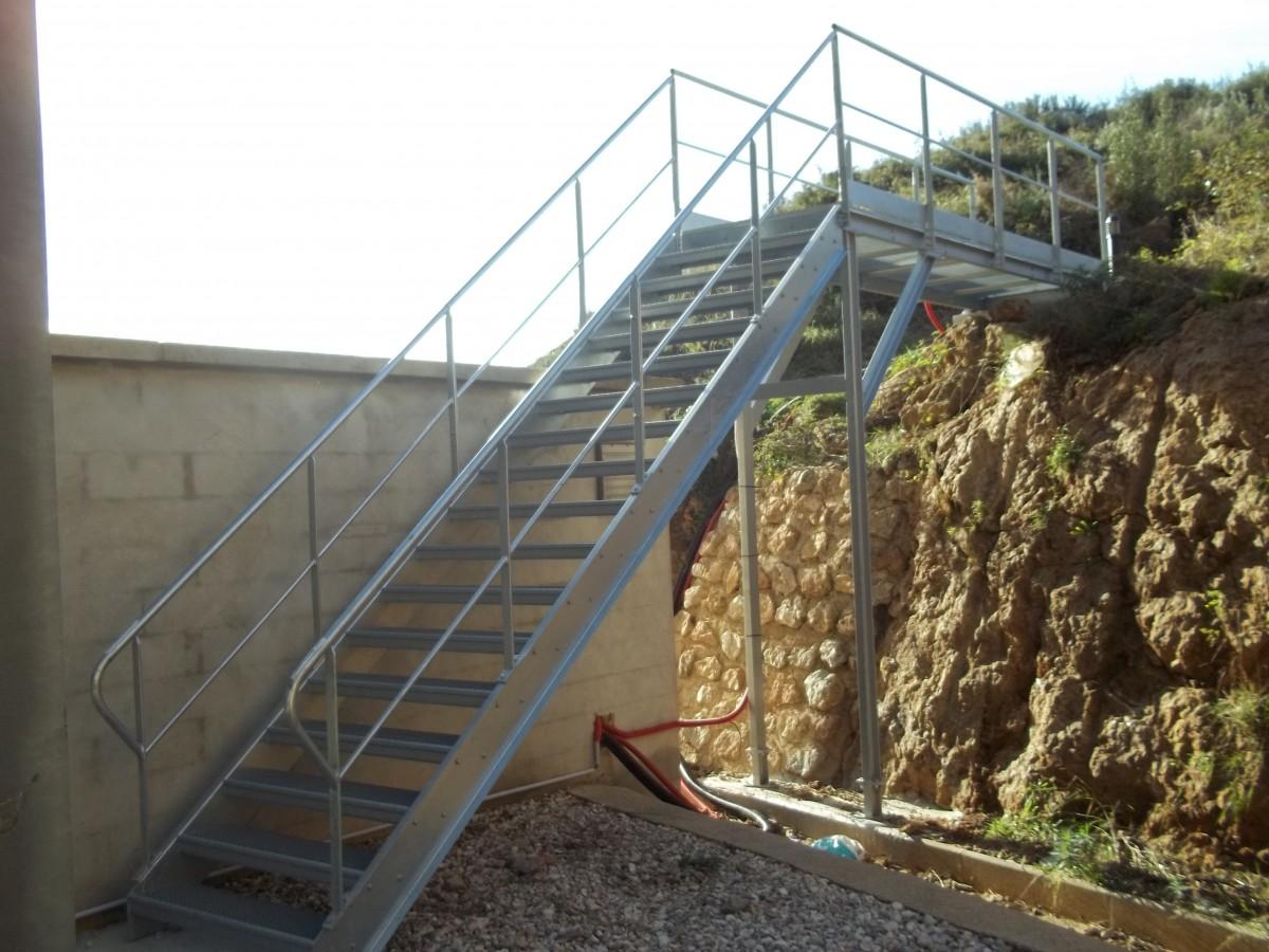 escalier passerelle sur mesure